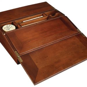 Authentic Models MG076F Colonial Lap Desk, Filled - Koloniales Schreibpult mit Inhalt