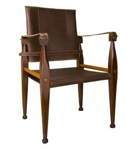 Authentic Models Bridle Leather Campaign Chair MF122 erhältlich bei Kunsthandel-Lohmann.de