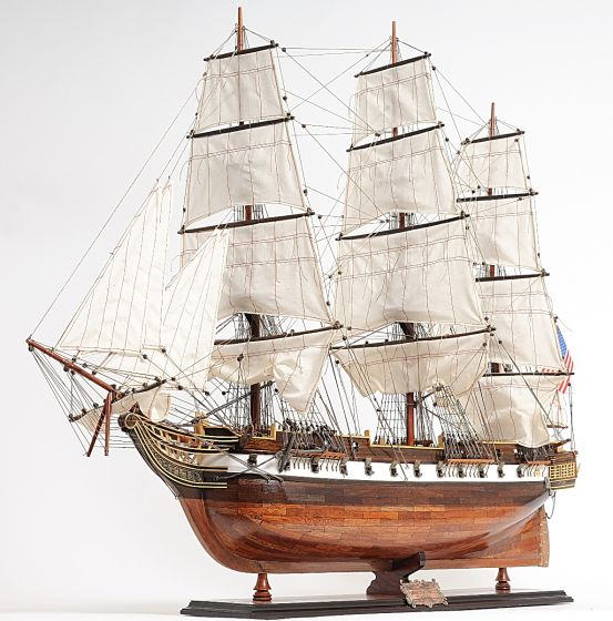 Modellschiff von Authentic Models